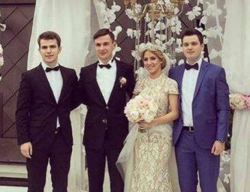 Бывший министр обороны устроил шикарную свадьбу для сына (ФОТО)