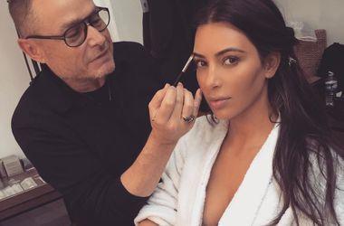 Ким Кардашьян не вместила грудь в кожаном платье за 70 тысяч гривен (фото)