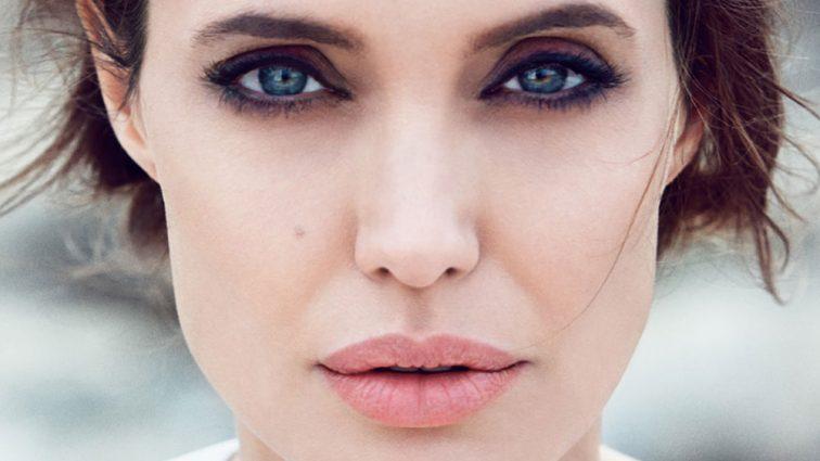 У Анджелины Джоли появился двойник (Фото)