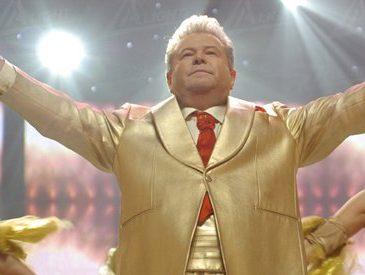 Безголосый Поплавский представляет талант Украины в мире: стыд всей нации в видео (ФОТО И ВИДЕО)