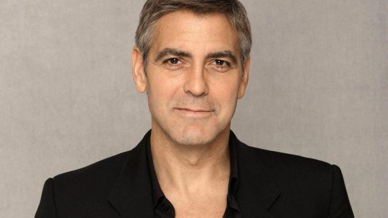 Джорджа Клуни и его жену защитят от маньяка
