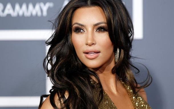 Ким Кардашьян заработала 700 тысяч долларов за селфи на вечеринке (фото)