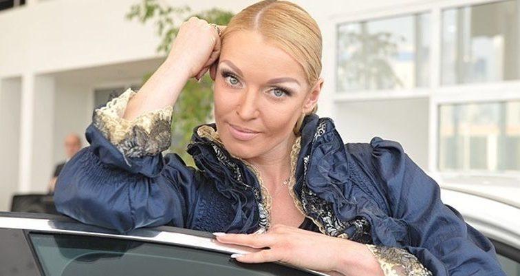 Волочкова сфотографировалась с Гоблином в Крыму (ФОТО)