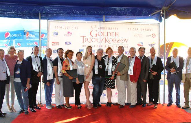 «Золотой трюк Кобзова»: цирковая элита со всего мира съехалась на юбилейный фестиваль в Одессу (фото)