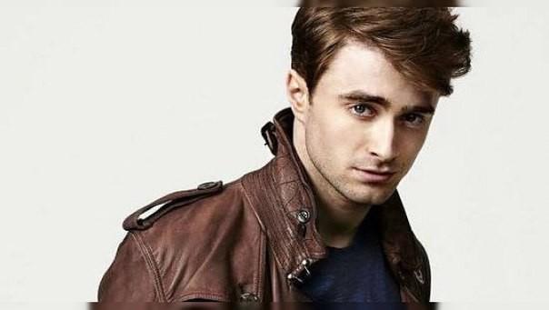 Звезда «Гарри Поттера» побрился налысо и стал нацистом