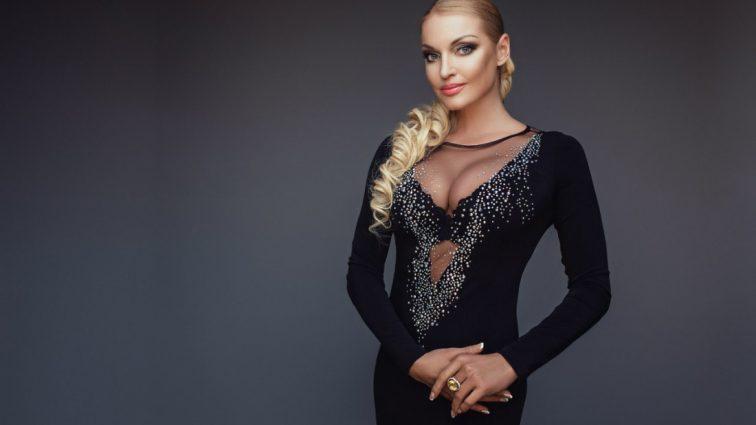 Анастасия Волочкова нарвалась на критику за голое селфи перед зеркалом (фото)