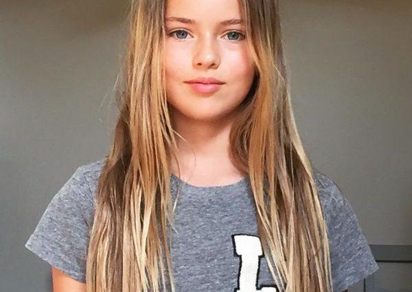 Красивого ребенка-модель раскритиковали за эротику