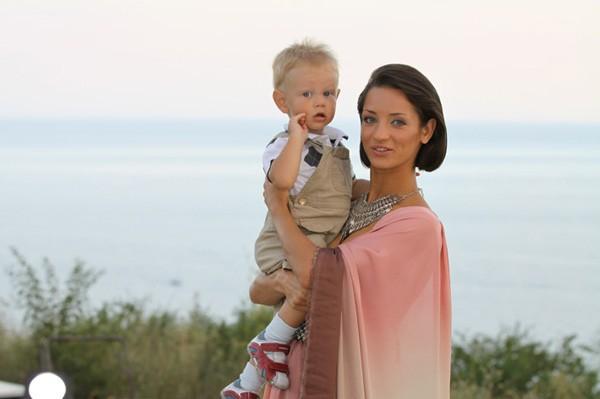 Татьяна Денисова  впервые рассказала, кто отец её сына