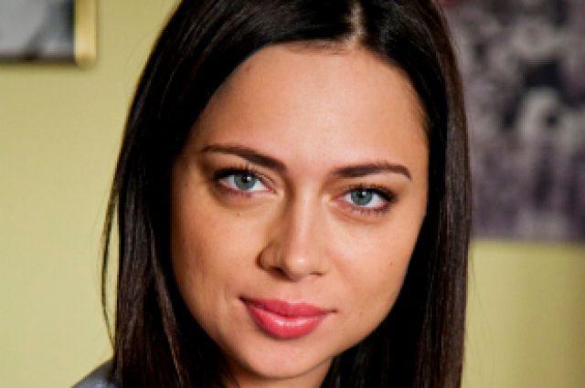 Настасья Самбурская взбудоражила поклонников сообщениями о беременности (фото)