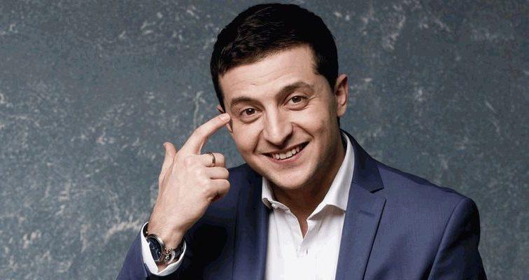 Известный комик Владимир Зеленский составил конкуренцию маме Верки Сердючки (ФОТО)
