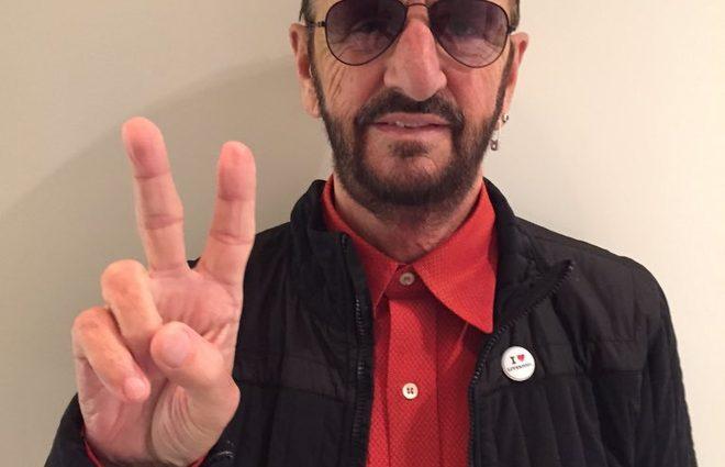 Барабанщик группы The Beatles стал прадедом (фото)