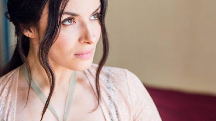 Певица Надежда Мейхер разочаровала своих фанатов мрачными снимками (ФОТО)