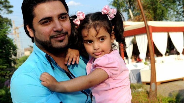 Солист группы Корни стал отцом двойняшек (фото)