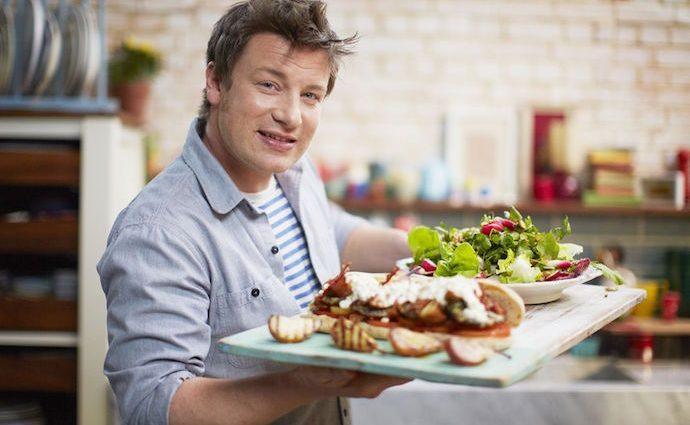 Знаменитый кулинар Джейми Оливер теперь многодетный отец (фото)