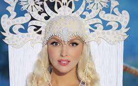 Оля Полякова стала лицом новой коллекции Андре Тана (фото)