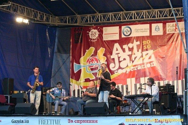 Первый день джазового фестиваля в замке Любарта (ФОТО)