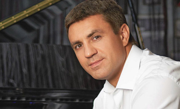 Известный ресторатор и телеведущий Николай Тищенко показал сына (ФОТО)
