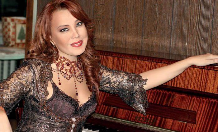 О «свадьбе» певицы Азизы говорит весь интернет (ФОТО)