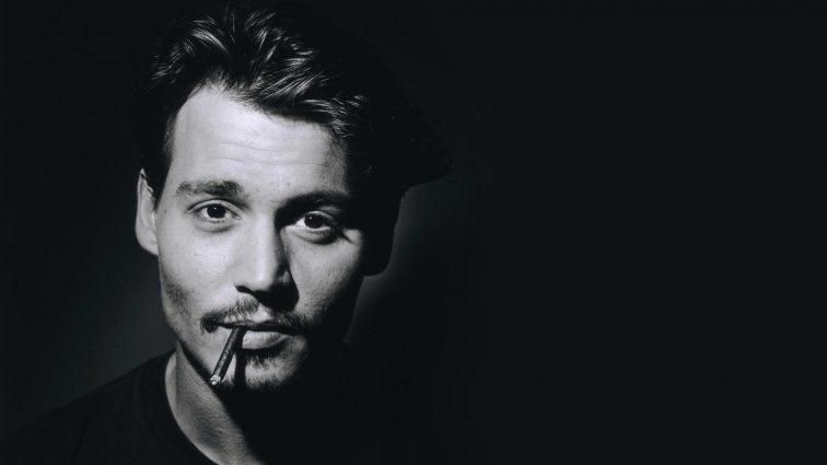 Известный актер Джонни Депп набросился на журналистов (ФОТО)