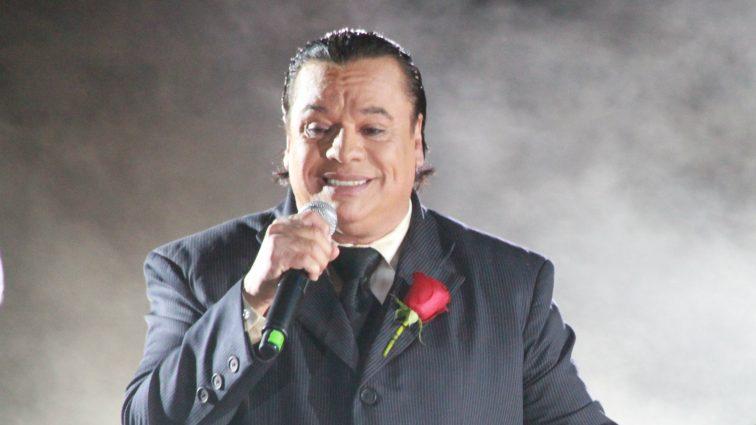 Умер мексиканский певец Хуан Габриэль (ВИДЕО)