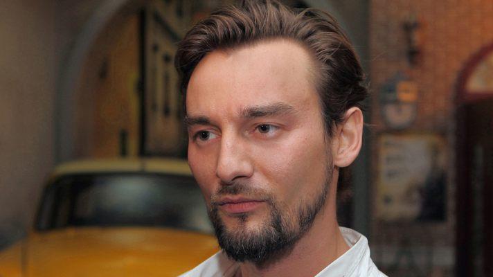 Режиссер Алан Бадоев показал, как выглядел в детстве (ФОТО)