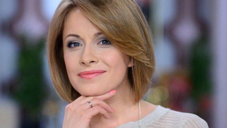 Безумно счастливая Елена Кравец впервые вышла в свет после родов (ФОТО)