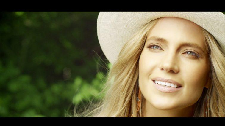 Певица Глюкоза о своих отношениях со свекровью (ФОТО)