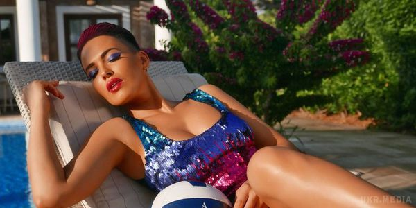 Даша Астафьева показала фото времен Playboy (фото)
