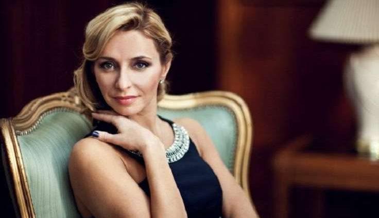 Известная фигуристка Татьяна Навка впервые вышла в свет с дочкой (ФОТО)