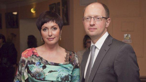 В сети появилось фото дочери Арсения Яценюка, совсем не похожей на отца (ФОТО)