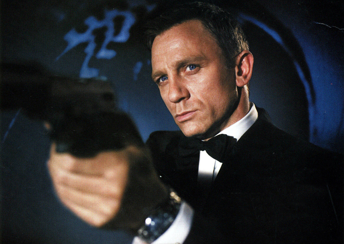 Daniel Craig as James Bond 007 in the latest Omega watch ad