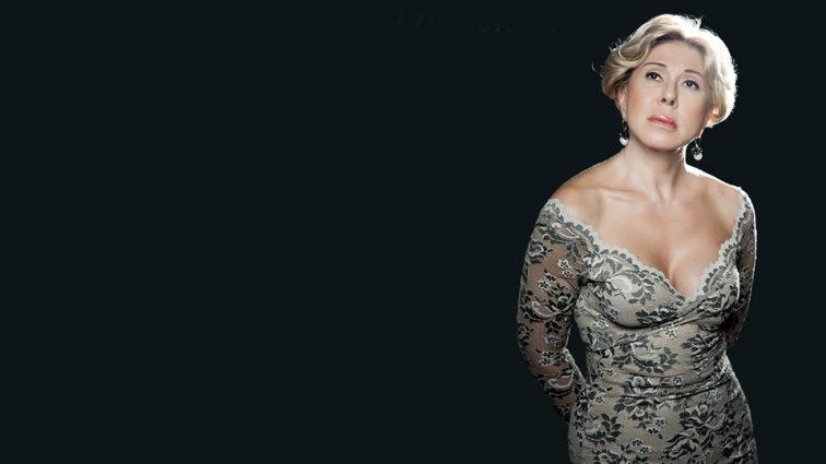 62-летняя Любовь Успенская смутила смелым декольте (ФОТО)