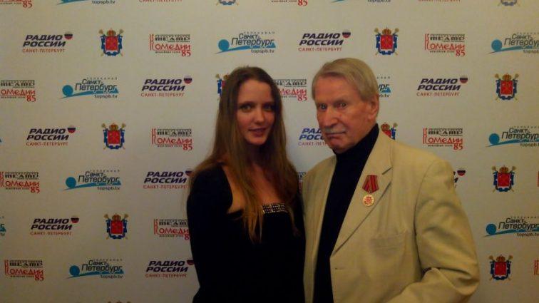 Любовь по расчету: 85-летний Иван Краско и его 25-летняя жена в романтической фотосессии (ФОТО)