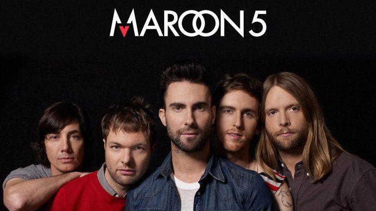 Солист группы Maroon 5 бросил сцену ради жены (ФОТО)