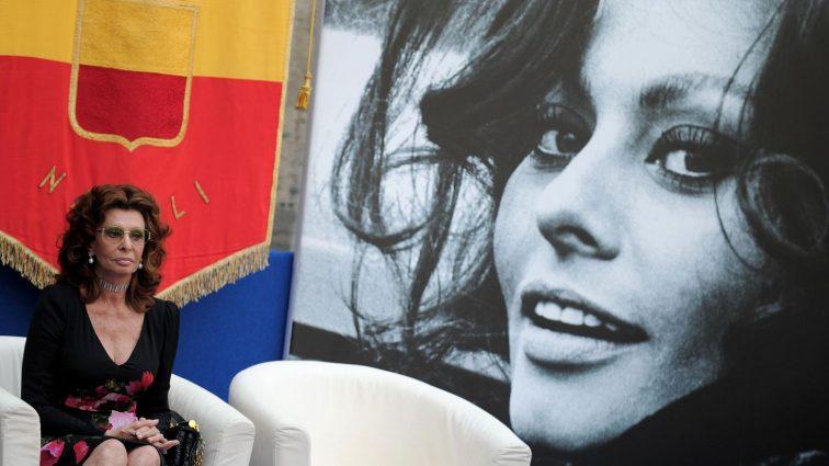 Женщина-эпоха: эксклюзивные снимки именинницы Софи Лорен, которые вы точно не видели (ФОТО)