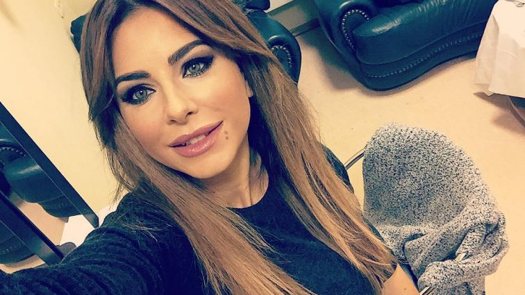 Постарела или неудачный макияж: Ани Лорак стала копией Маши Распутиной (ФОТО)