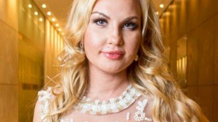 Певица Камалия перекроила лицо: фанаты в ужасе от изменений звезды (ФОТО)