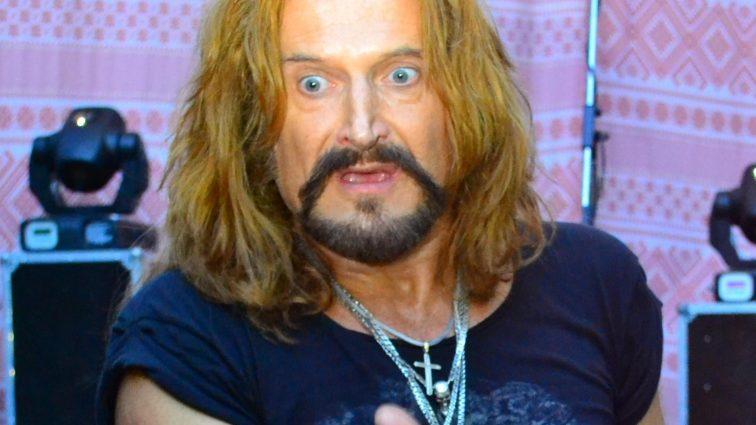 Эпатажном Джигурде разбили нос и оттягали за волосы (ФОТО)