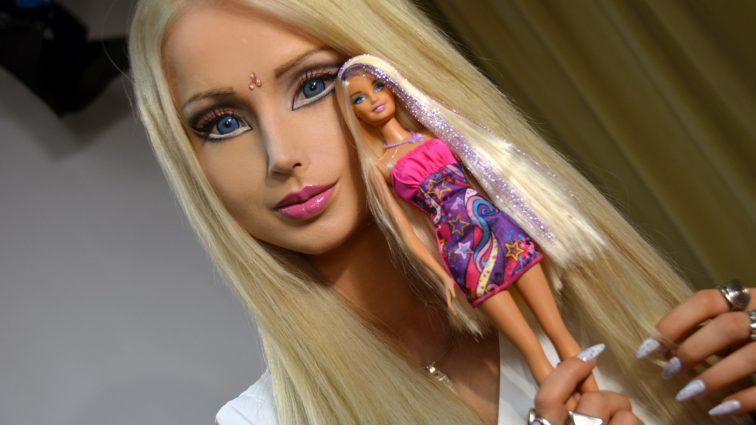 Мир такого еще не видел: Валерия Лукьянова показала своих «кукольных родителей» (ФОТО)
