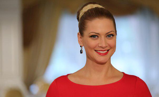 Татьяна Литвинова пришла на вечеринку в платье-сетке без нижнего белья, засветив все свои интимные места (ФОТО)