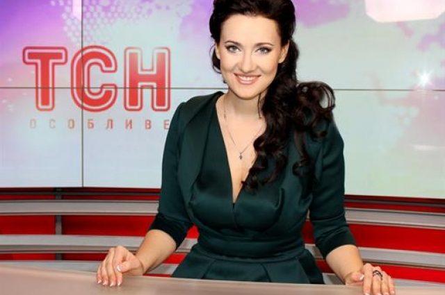 С сигаретой в зубах в развратном платье: Соломия Витвицкая не та за кого себя выдает (ФОТО)
