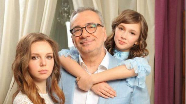 Дочка Меладзе и фаворит Паулса поздравят украинцев с Новым годом