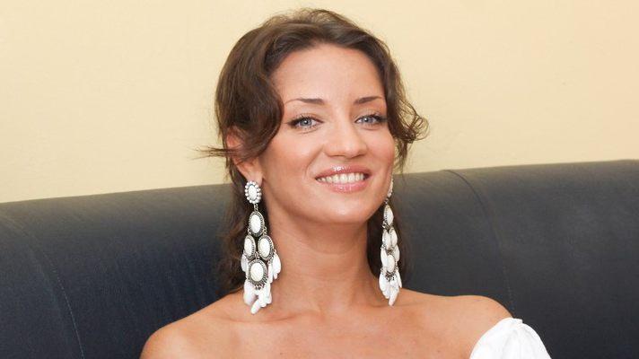 Бесстыжая Татьяна Денисова раздвинула ноги и показала свою «соковинку» (ФОТО)