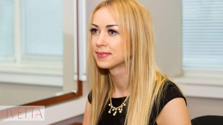Наталья Валевская показала свою огромную грудь в развратной позе (ФОТО)
