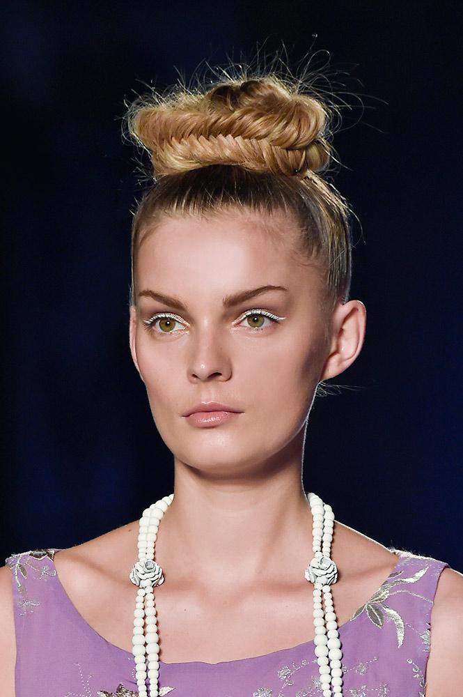 02-aigner-spring-2015-white-eyeliner