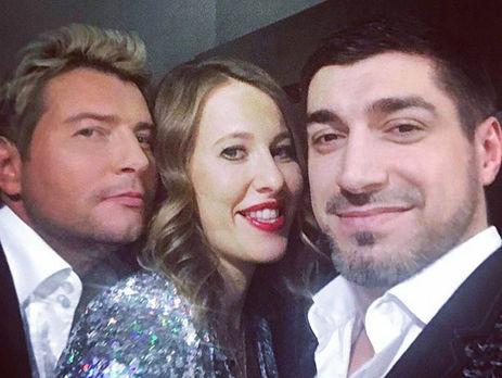 Тамада Собчак начала вести свадебные забавы