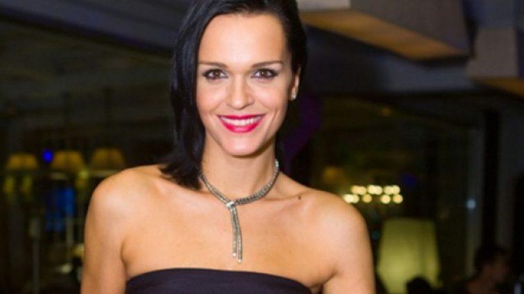 Сама на себя не похожа: певица Слава удивила откровенным селфи без макияжа (фото)