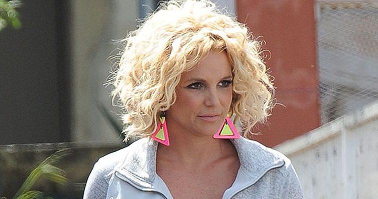 Бойфренд Бритни Спирс изменил ей с сексапильной моделью (ФОТО)