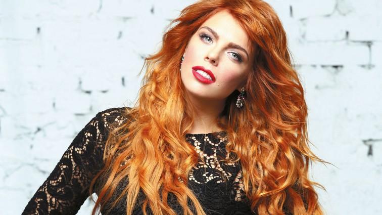 Певица Анастасия Стоцкая впервые рассказала о своей второй беременности