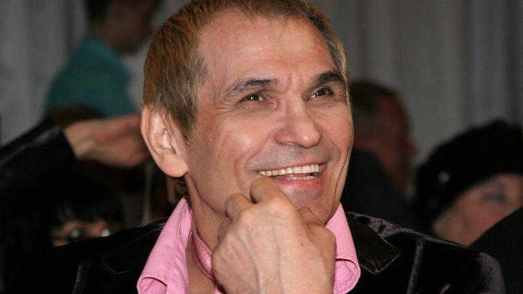 Как он мог так поступить: Бари Алибасов покинул молодую жену с ребенком